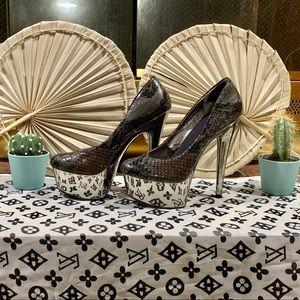 Sexy High heel Jessica Simpson 💋👠🖤